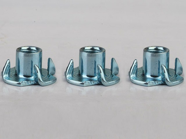 M8*11 four claws tee nuts